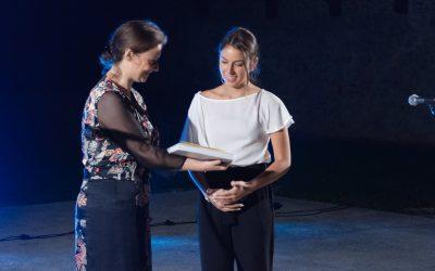 Podelitev nagrade mala Veronika Mii Valenčič