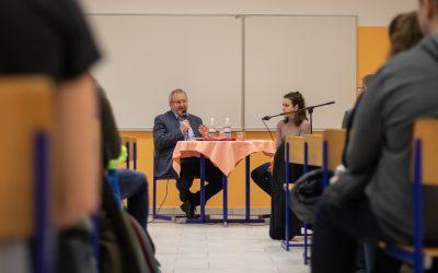 V okviru kariernega dne pod geslom »Prihodnost je lokalna!« smo gostili župana Občine Ilirska Bistrice Emila Rojca